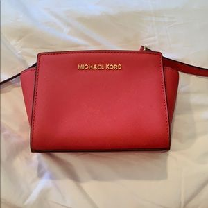 Micheal Kors Crossbody Handbag